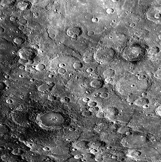 La sonda MESSENGER completa la última aproximación al planeta Mercurio