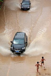 Las inundaciones causan 132 muertos y millones de afectados en el sur de China. EFE