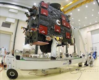 Rosetta sobrevuela por primera vez el asteroide Lutetia