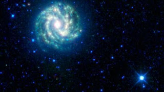 Imagen de la galaxia cercana Messier 83 tomada por WISE. AP / NASA / JPL