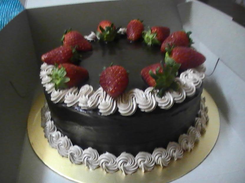 Super delicious birthday cookies Kek Coklat Strawberry