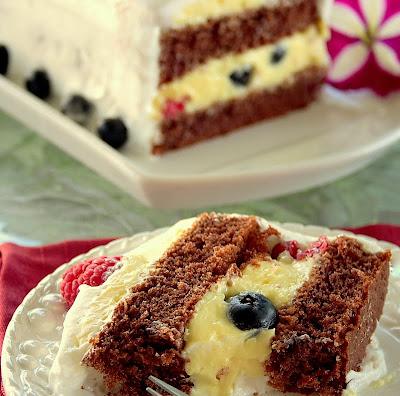 Nameless berry Cake