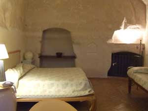 Cave bedroom, Locanda di San Martino