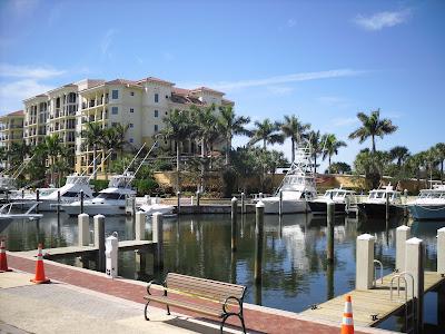 Jupiter Yacht Club, yachts, sailboats, condos & shops