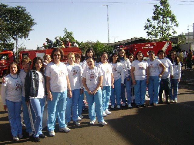 Centro Municipal de Educação Infantil Professora Aracy Salinet Vieira - Cuidando e Educando