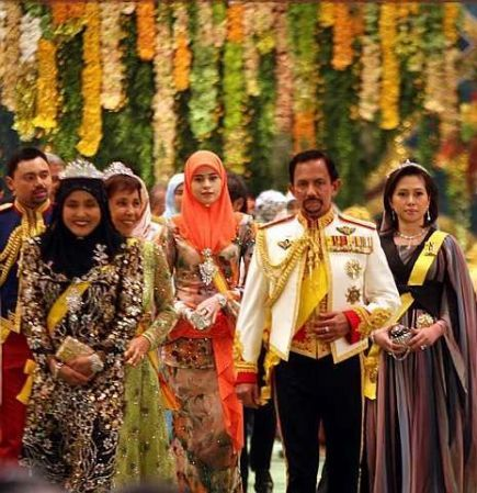 The Sultan of Brunei, Sultan Hassanal Bolkiah with his wives Raja