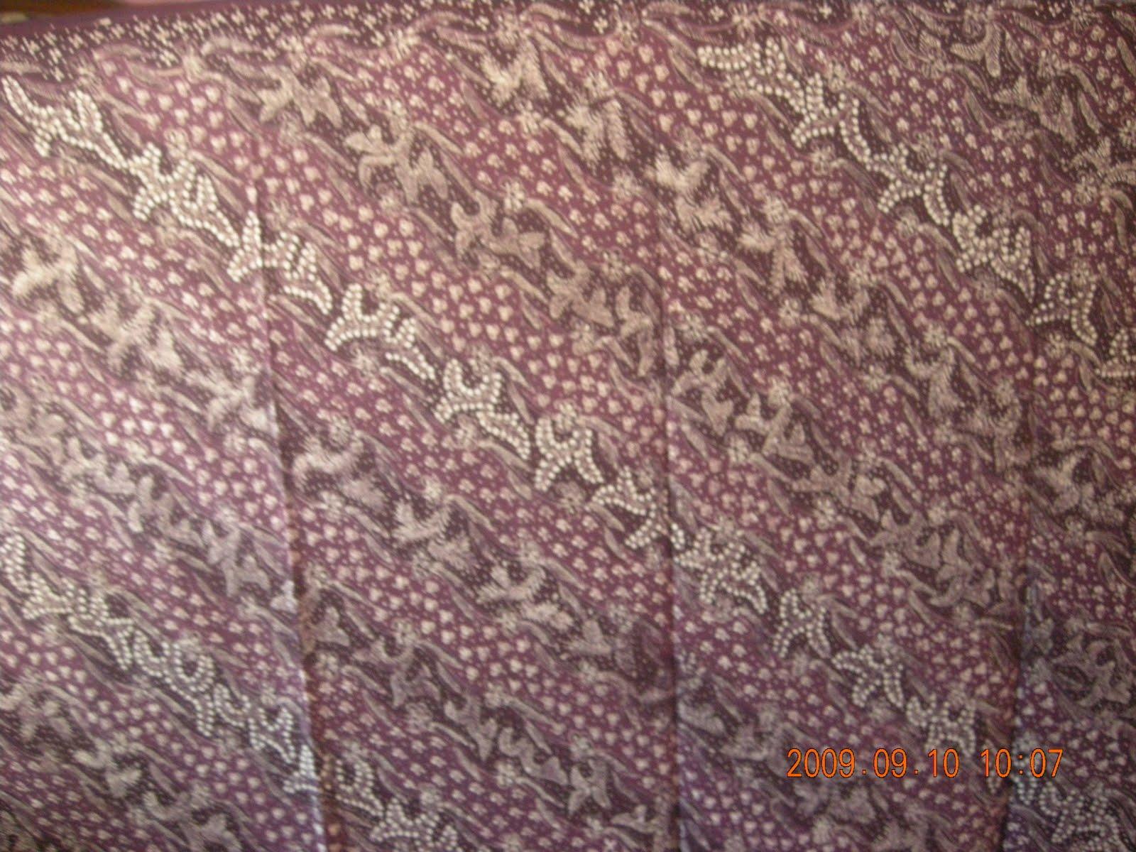 Motif Lerekan Ukuran 110 cm x 240 cm Harga Rp 400 000 Jenis Batik Tulis Produksi Batik Tulis Lasem Warna Tersedia Putih Kombinasi Coklat