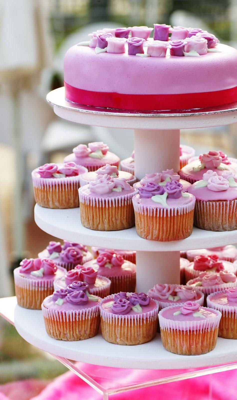 [Pinkcake]
