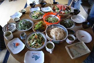 森田玄&きくちゆみのワークショップで出されたローフードの食事。ゆみちゃんが作ると毎日食べたくなるほど美味しい!