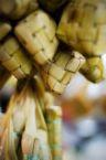 yang ini pulak ketupat....hidangan biasa dibuat pada hari raya....best kalau dimakan dengan rendang