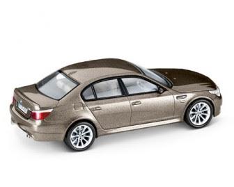 BMW M5 E60 Sepang Bronze miniature