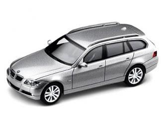 BMW 3 E91 Titanium silver miniature