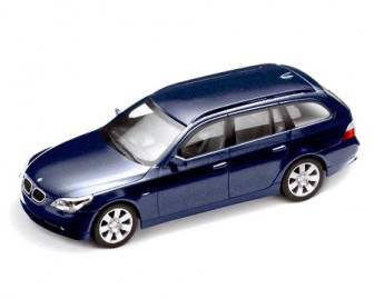 BMW 5 Series touring Mystic Blue miniature