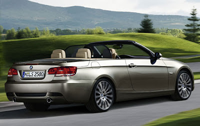 Rear spoiler in body colour 3 Series Convertible