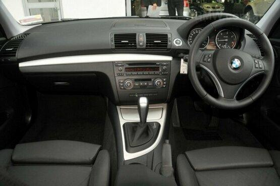 used 2009 BMW 120d interior