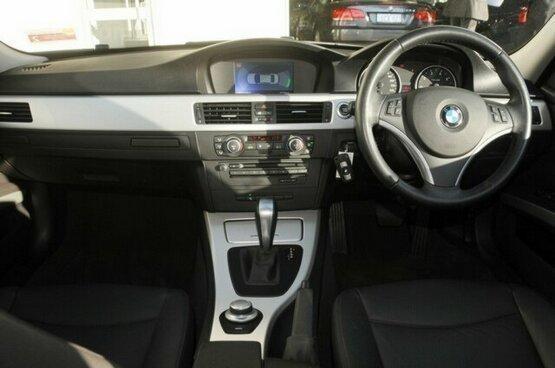 used BMW 320i 2007