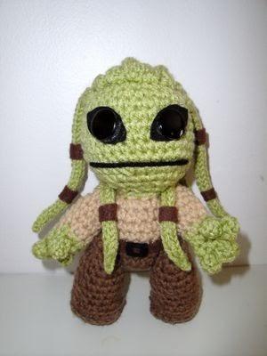 Jedi Master Yoda Amigurumi Pattern : Chiwaluv Amigurumi Critters: Star Wars Kit Fisto Sackboy