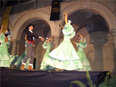 Traje flamenco verde