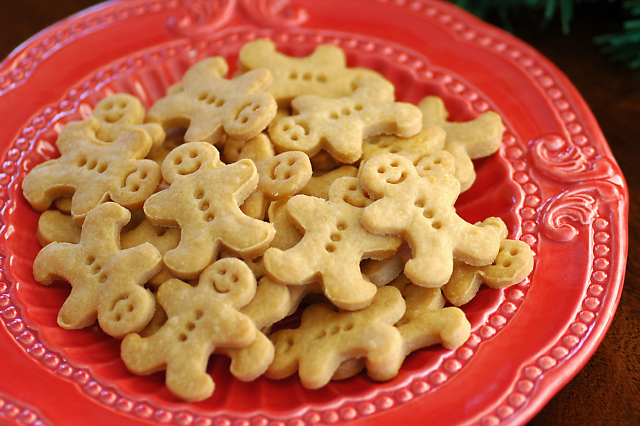 ... cheese crackers. Mack loves cheese crackers and these are so much