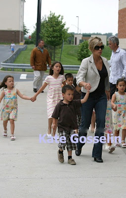 Great Mum Kate Gosselin & Her Eight babies
