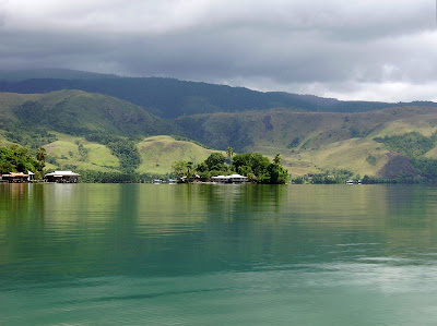 Danau Sentani 