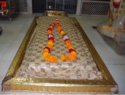 Prayers will be taken to Shirdi on January 29, 2009