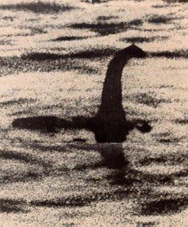 鞠躬的尼斯 - 鞠躬的尼斯 Bow-Nessie