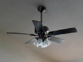 史上最囧的吊扇燈