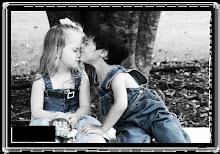 الحب الحقيقي كالعطر النادر يترك آثاره مهما طال به الزمن