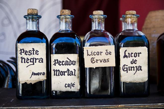Vai um licor ou algo um pouquito mais forte? - Feira Medieval de Avis 2010