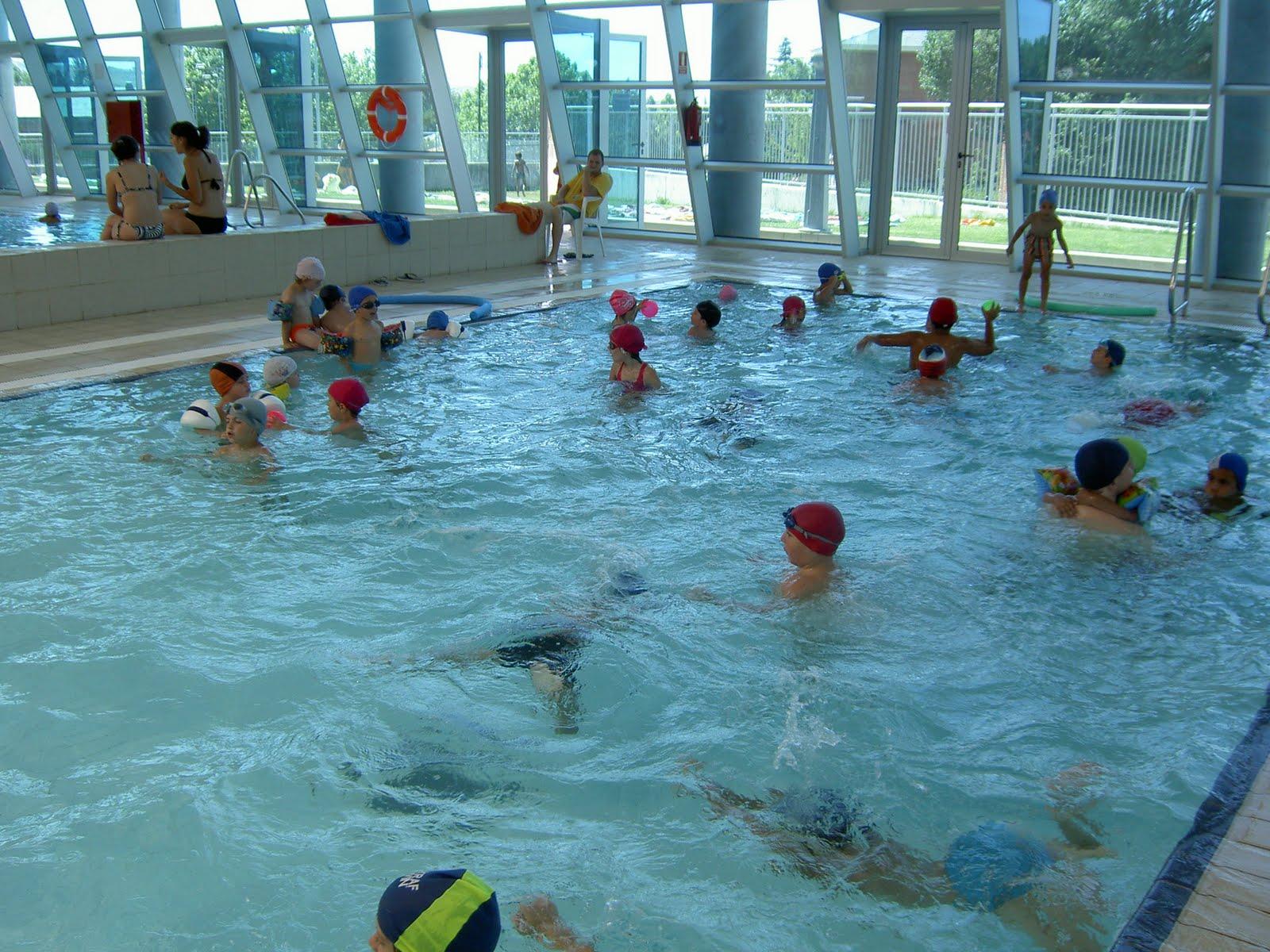 Miniclub soto del real juegos tradicionales y piscina for Piscinas soto
