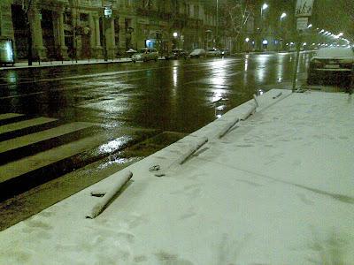 Budapest,  blog,  Bajcsy Zsilinszky út,  V. kerület,  belváros, közlekedés, parkolás, környezet, rongálás, Demszky-karók