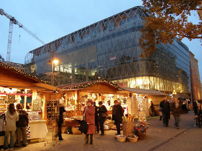 allée, Hungary, Budapest, Gerbaud cafe,  fair, foire, square, folklore, Hungary, Markthalle, messe, népművészeti vásár, square, Vörösmarty tér, Ungarn, piata