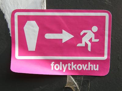 matrica, I. kerület, rakpart, Budapest, Magyarország, mobil reklám,   street art, folytkov.hu