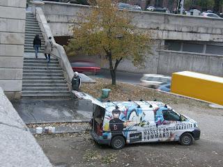 Budapest, Lánchíd, Magyarország, takarítás, lemosás, street art, tag, firka, falfirka