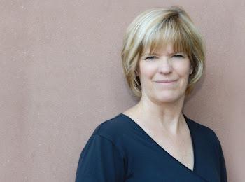 <b><i>Kay Diller</i></b>