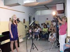 Canta Ingrid Vitoria Motta Correa