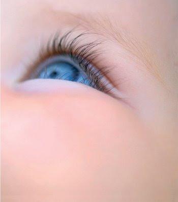 http://4.bp.blogspot.com/_DEziFdivBFE/SREb8Cv4oAI/AAAAAAAABq0/TFKgij537oU/s400/Amazing+baby+2
