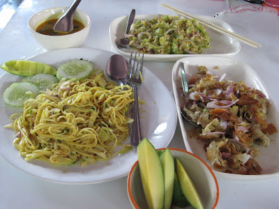 burmese food in chiang mai