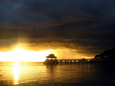 I direct maintain seen a slew of stunning sunsets during my trip indonesiabesttimetovisit; Sunsets together with Storms on Malaysia's Perhentian Kecil