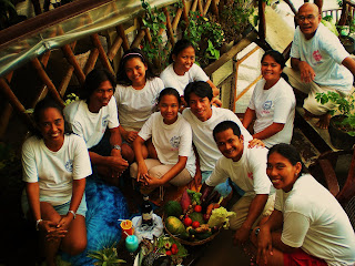 the alternative staff in el nido