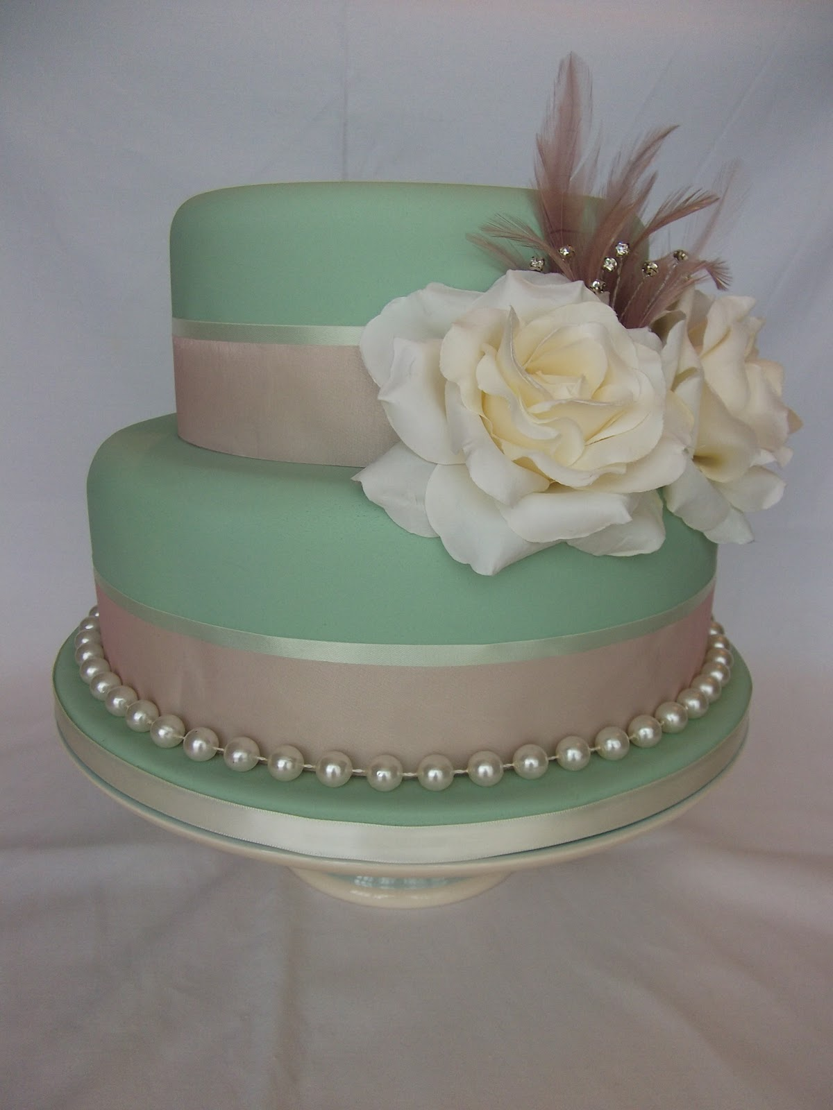 The LILY ROSE Cake Co Vintage Wedding Cake