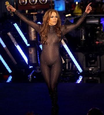 Jennifer Lopez badi ciplak