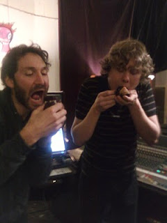 Ben & studio engineer Scott McDowell having their vegan 'compcakes' during Deborah's session