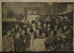 Mestra e alumnas da escola de nenas de Baños de Molgas