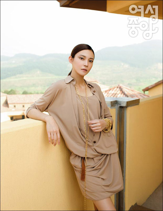 Cha Ye Ryun (차예련)