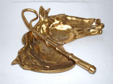 face de cavalo com chicote med.18.cmlarg.13cm