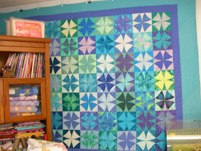 Sew an easy, stress free Drunkard's path quilt block