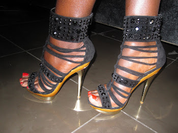 Vazi Shoes: Viatu aina nyingi vinapatikana dukani.