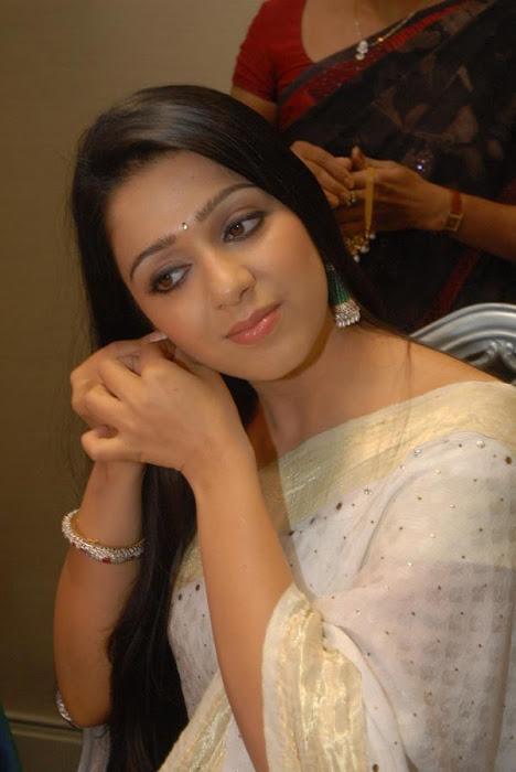 charmi actress pics